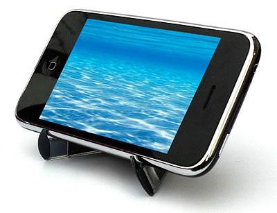 bb12_crabble_folding_iphone_stand_landscape